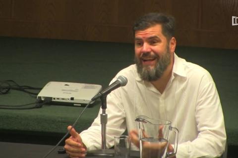 """Embedded thumbnail for Conferencia """"Del periodismo tradicional al ciberperiodismo"""""""