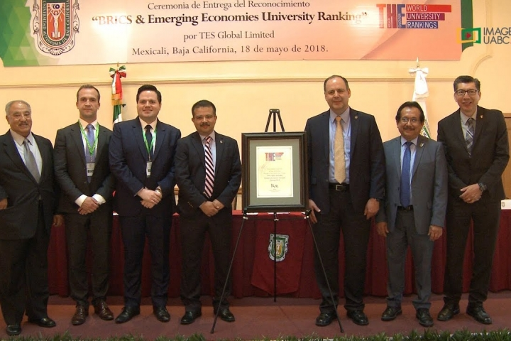 Embedded thumbnail for Nombran a UABC institución de calidad global