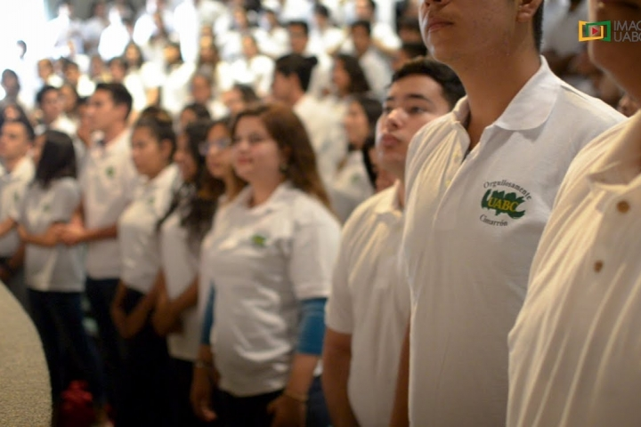 Embedded thumbnail for Bienvenida a Alumnos de Nuevo Ingreso UABC Tijuana 2018-2