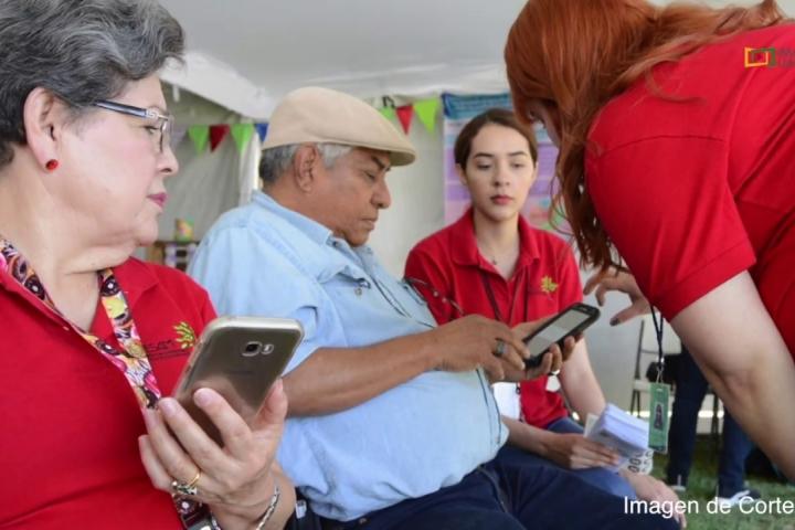 Embedded thumbnail for Promueven la Educación Sustentable Para Adultos Mayores