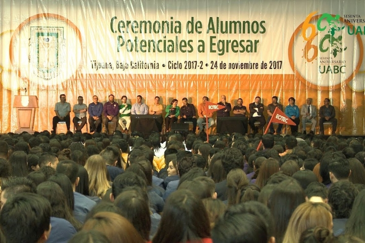 Embedded thumbnail for Portan Escudo de UABC 2 mil 60 potenciales a egresar del Campus Tijuana