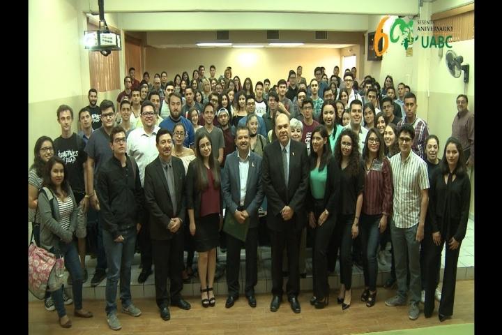 Embedded thumbnail for Presenta Rector de UABC perspectivas económicas de México